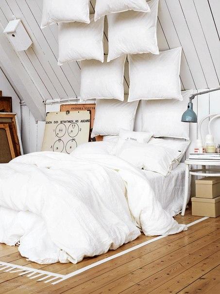 Романтическая атмосфера спальни