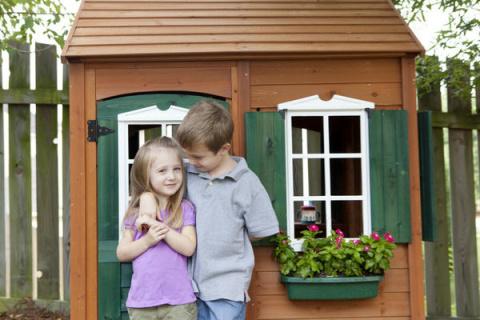 Строим детский домик самостоятельно