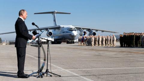 Эксперт прокомментировал неожиданный визит Путина в Сирию