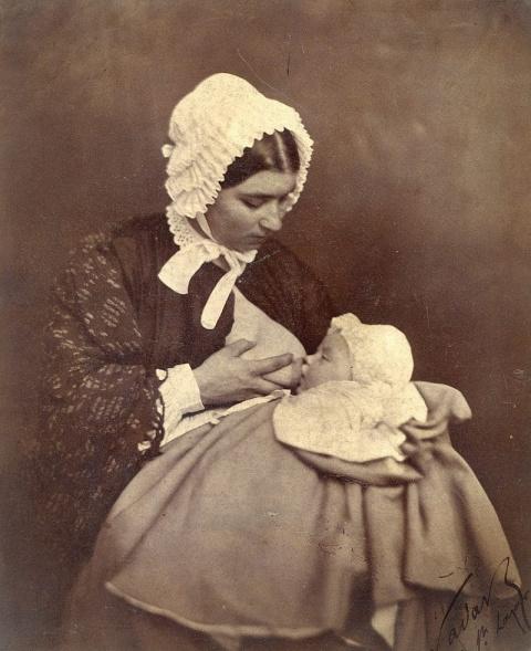 Женщины XIX века открыто кор…