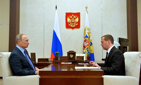 Медведев: Ни одно социальное…