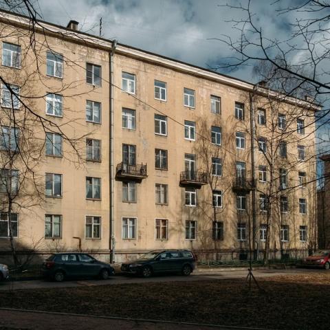 «Я живу в протохрущевке» (Петербург)