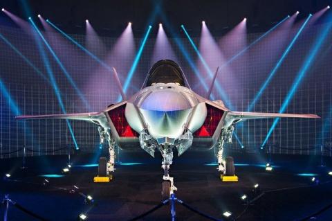 F35 или рожденный ползать летать не может