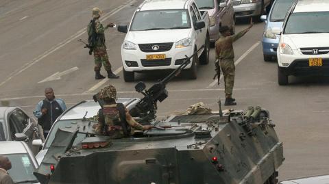 ЕС призвал власти Зимбабве к мирному разрешению конфликта