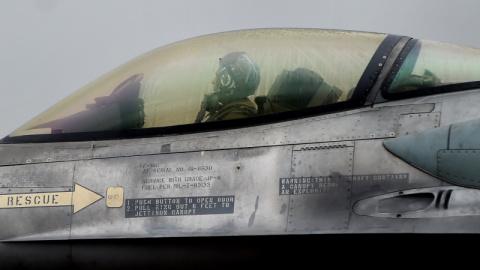 Серб до полусмерти избил экс-пилота НАТО за войну на Балканах