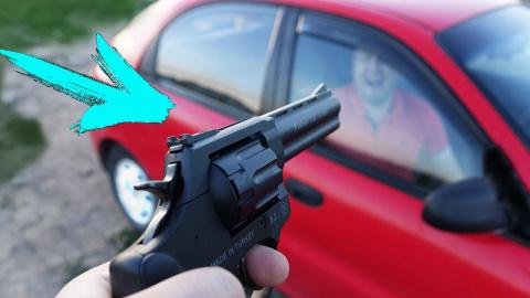 Пистолет vs. автомобиль - чт…