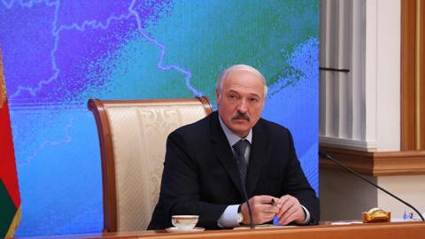 Лукашенко отказался идти по …