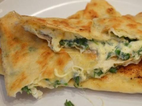 Лаваш с зеленью и сыром: вкуснятина за 15 минут! Кофейный пирог «Из того, что есть в холодильнике»