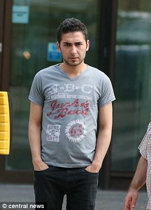 Сирийский беженец-насильник пытался бежать из Британии