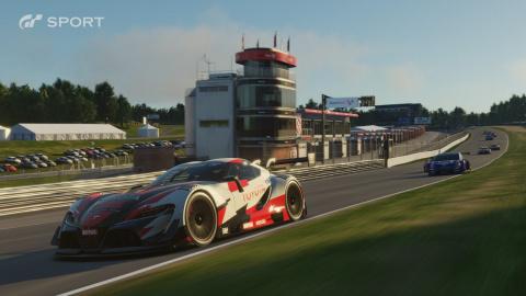 Gran Turismo Sport откладыва…