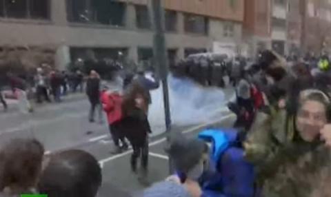 На улицах Вашингтона гремят взрывы