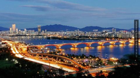 Южная Корея организует групп…