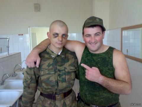Из армейского: Дедовщина.