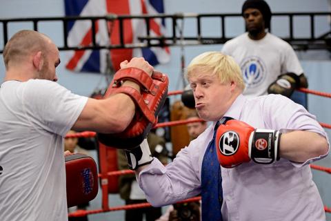 Клоун Борис Джонсон в исторической проекции как глава МИДа Британии