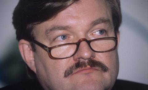 Беглый журналист Киселев жёс…