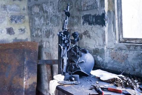 Как снаряды превращаются в розы: рассказ о легендарном донецком кузнеце