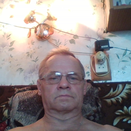 Юрий Слотин
