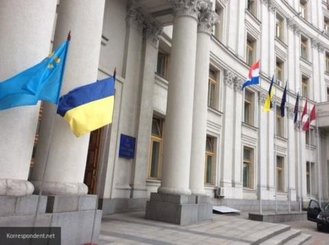 Как Порошенеко манипулирует украинцами, рассказал эксперт