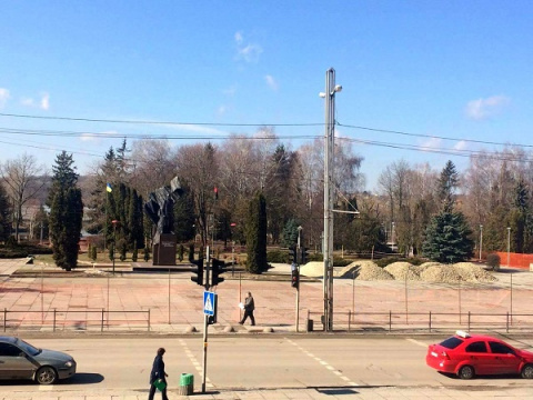 На Украине около памятника Бандере нашли человеческие кости