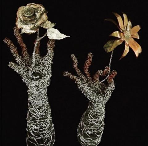 Проволочная скульптура Ian Dolata