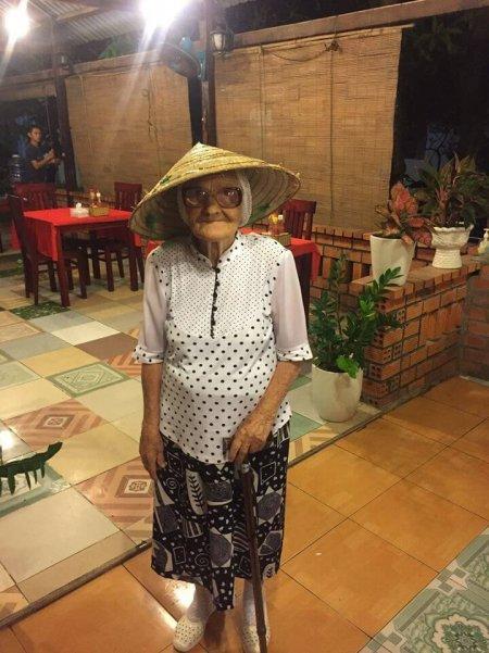 89-летняя бабушка путешеству…