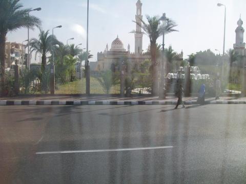 ВО ВРЕМЯ ПУТЕШЕСТВИЯ ПО ИЗРАИЛЮ