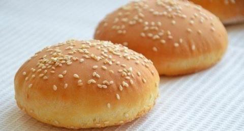 Готовим булочки для гамбурге…