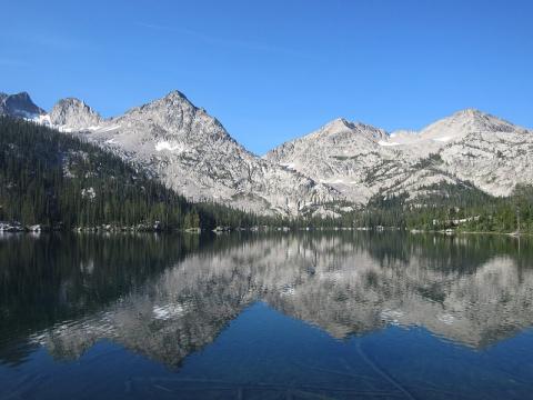 Айдахо. Озёра, горы и снежные тропы