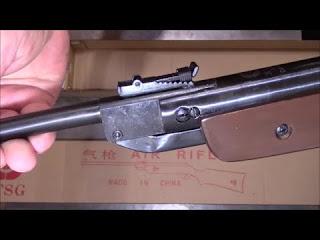 Пневматическая винтовка и бр…