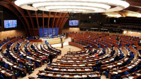 Русские, платите, молча: в Совете Европы пожаловались на дефицит бюджета