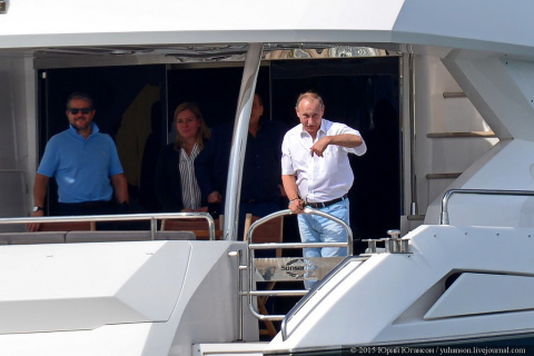 Путин и гроза ожидаются в Севастополе