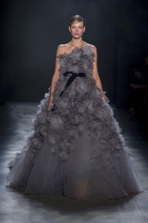 Потрясающие платья в коллекции Marchesa осень-зима 2017/2018