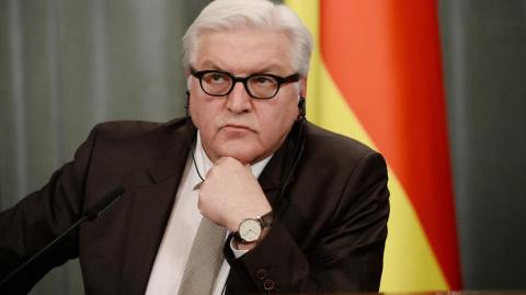 Штайнмайер: Необходимо найти путь к улучшению отношений с Россией