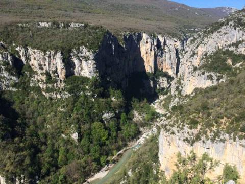 Вердонское ущелье - самый красивый каньон Франции
