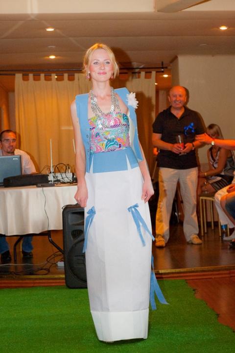 В Москве прошел первый модный показ из стройматериалов