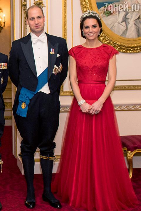 Герцогиня Кэтрин снова приме…