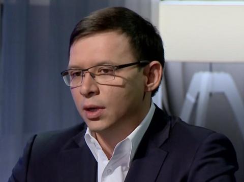 «США воюет с Россией в Донба…