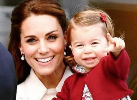 Принцесса Шарлотта вся в королеву Елизавету