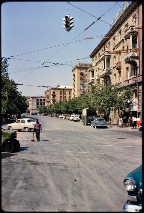 1964 год. Ереван  и Баку в  объективе  фотографа из США