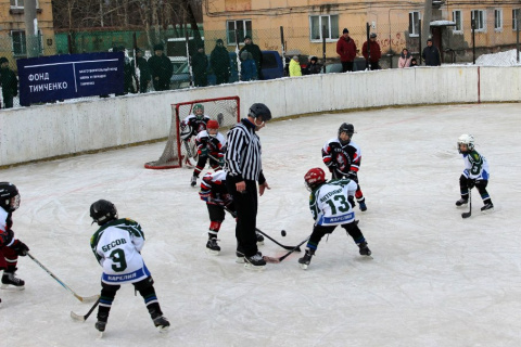 Юные хоккеисты из четырех городов собрались на турнире в Карелии