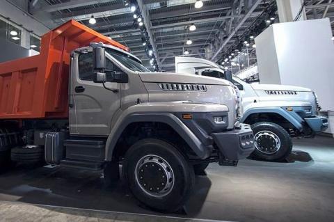 """Автозавод """"Урал"""" представил грузовики Next новой дорожной линейки"""