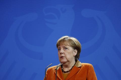 Меркель предсказала наступле…