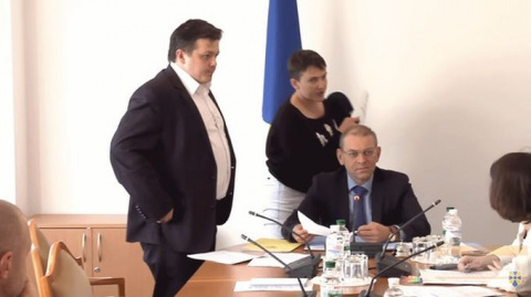 Савченко сорвала заседание к…