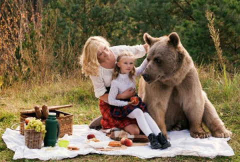 Суровый русский пикник: мама…