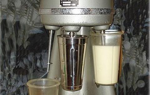 Почти забытая вкусняшка советского детства— тайна молочного коктейля