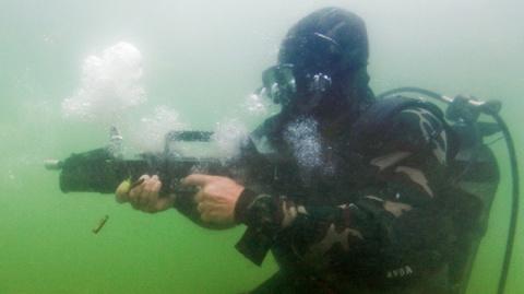Российский подводный спецназ…