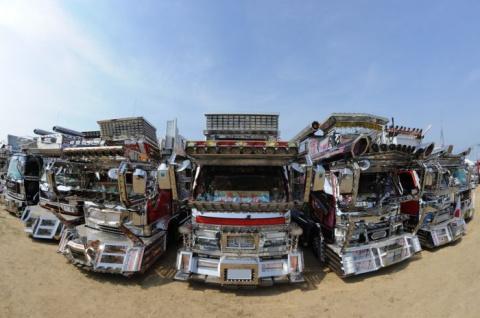 Крутые японские грузовики