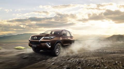Новая Toyota Fortuner: чем она отличается от «Прадо» и «Крузака»