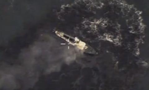 """Российские ВВС продемонстрировали уничтожение кораблей """"москитного флота"""""""