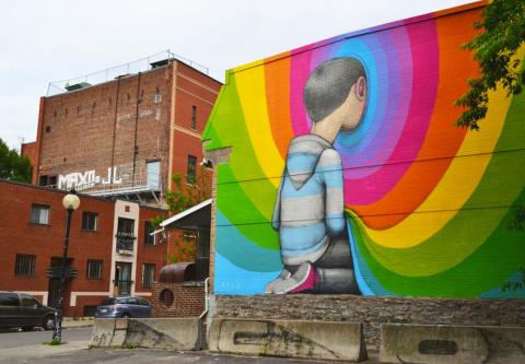 Уличные художники открывают портал в другое измерение